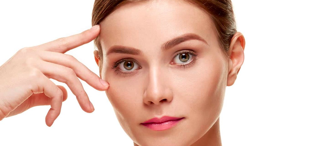 Non-Surgical Eyebrow Lifts in Chicago